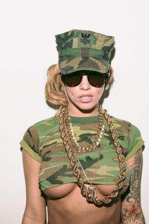 amateur photo Army girl