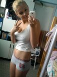 amateur photo Young babe with stunning body