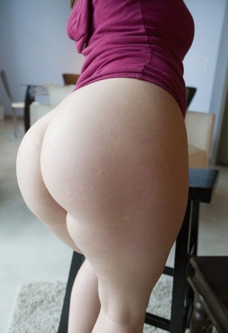 thick pale pawg Porn Photo