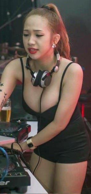 amateur photo DJ Tina Bee's Deep Cleavage
