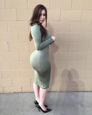 amateur photo Tight green dress