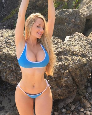 amateur photo Blue Bikini