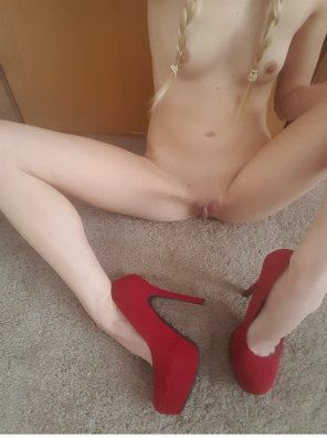 amateur photo Just braids and heels [f]