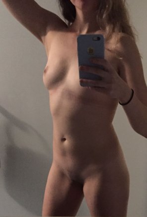 amateur photo I deadli[f]ted 180 lbs today