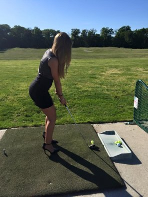 amateur photo Dressed for the Driving Range