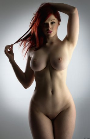 amateur photo Perfect 10 - Tits, Face, Figure, Hair...
