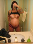 amateur photo Tattooed and pregnant