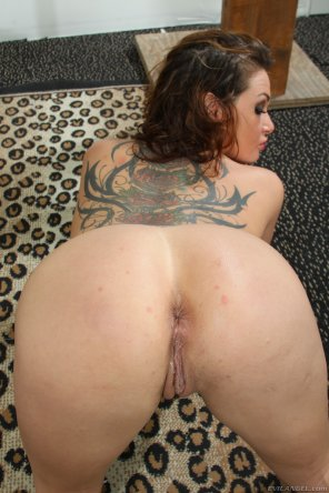 amateur photo Tory Lane