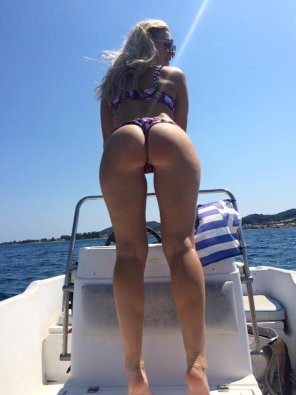 amateur photo Sun, sea and ass