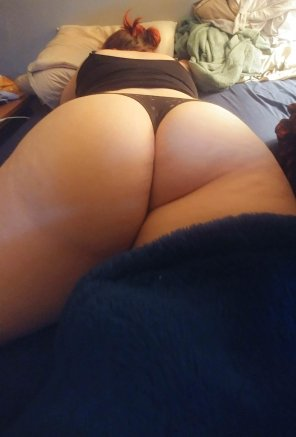 amateur photo [OC] Sleeping Booty