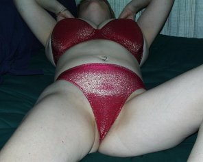 amateur photo How about a little bit of red lingerie?💘