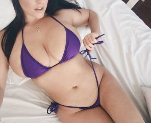 amateur photo Purple bikini