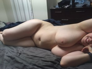 amateur photo Curves in bed!