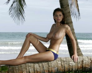 amateur photo Keeley Hazell at the age of 18.....Jesus