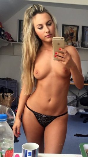 amateur photo PictureBeautiful blonde