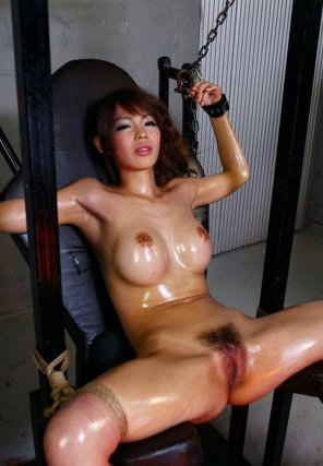 amateur photo Shiny Asian Bondage - Looking for source