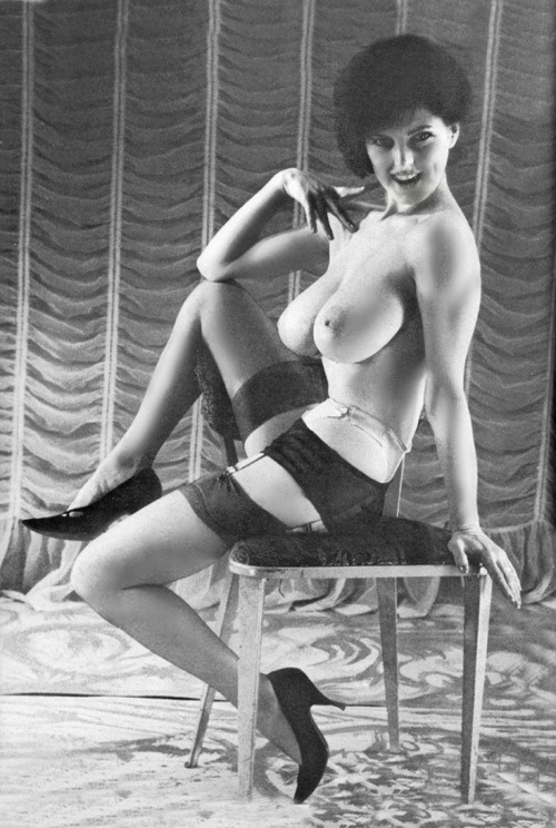 Vintage erotica 1960s busty girl with lovely hairy pussy - 3 5
