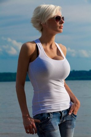 amateur photo White tank top