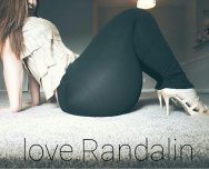 """huge in heels"" Love.Randalin"
