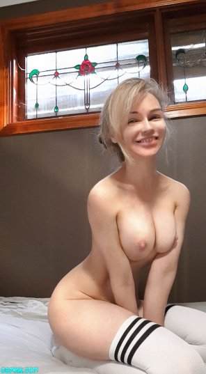 amateur photo Cute petite blonde