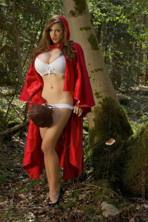 amateur photo Red Riding Hood
