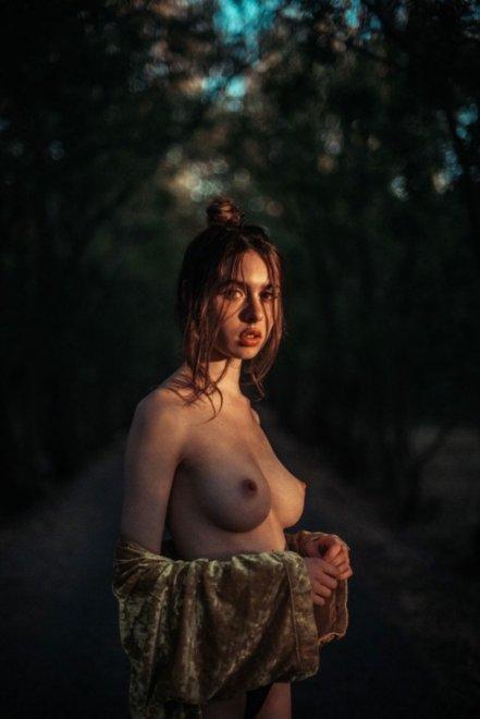 Sloppy bun Porn Photo
