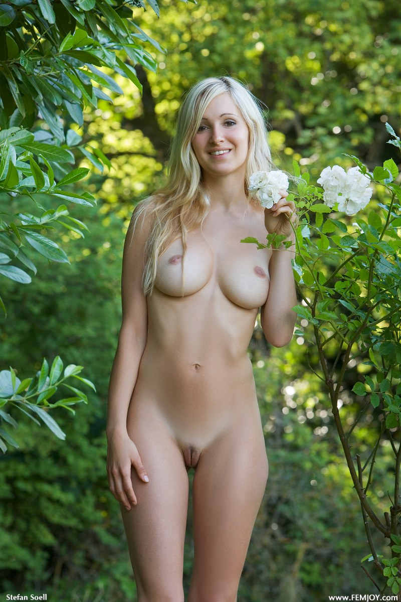 Corinna river femjoy magic