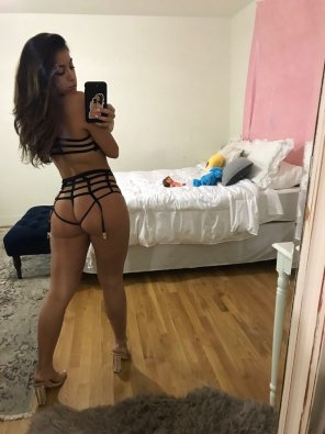 amateur photo Strappy from behind