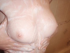 amateur photo wet tits