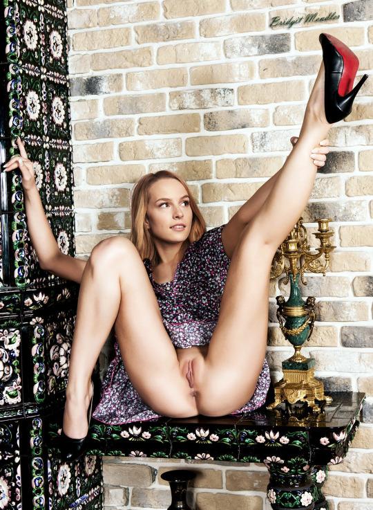 Bridgit Mendler Big Tits