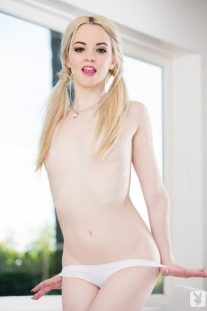 amateur photo Milky Pale