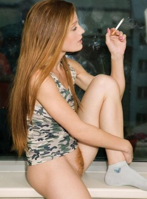 amateur photo Smoking Ginger