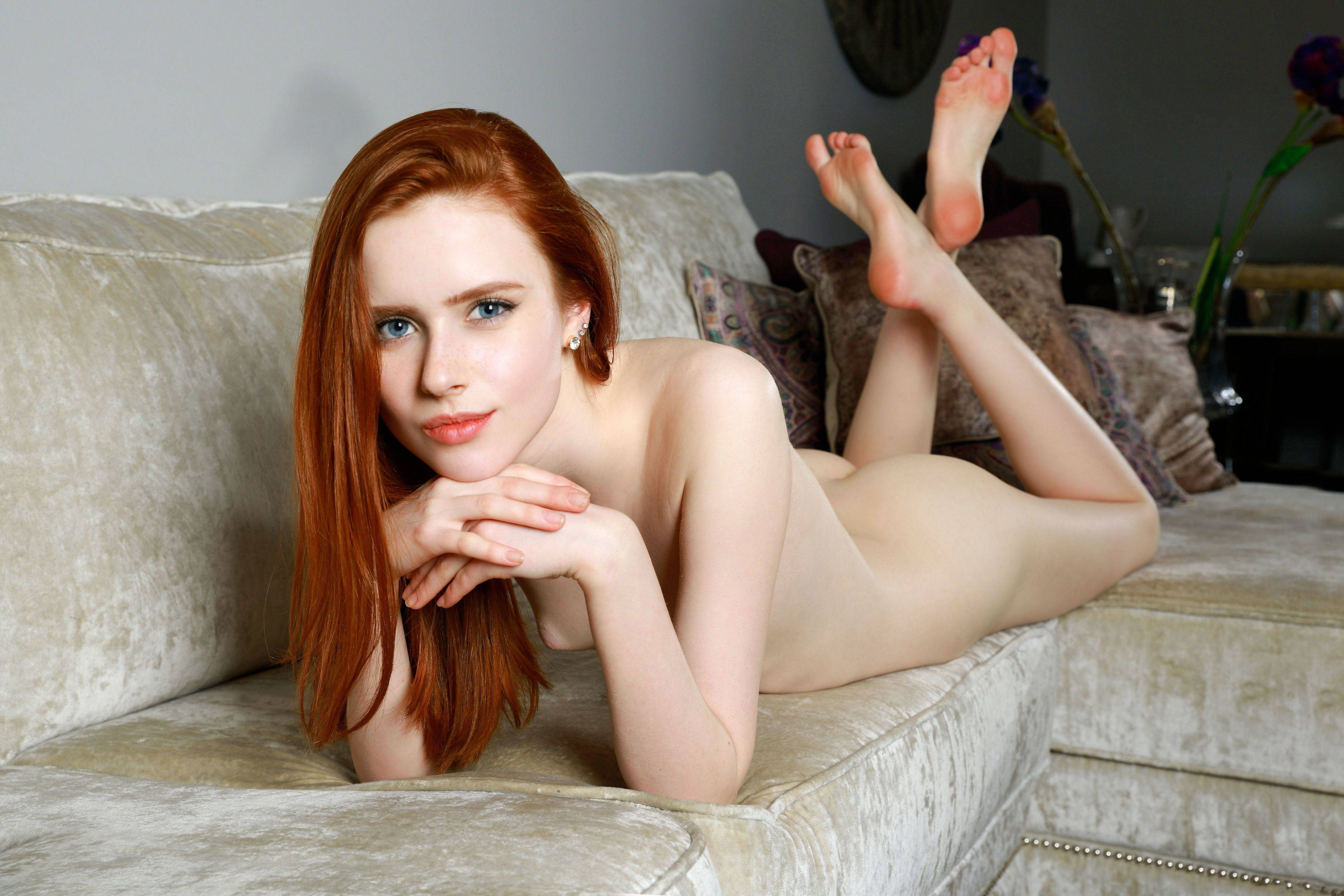 skinny-redhead-tgp-real-nude-pictures-of-wwe-superstars