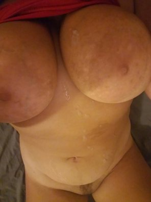 amateur photo Chubby girls need cum too