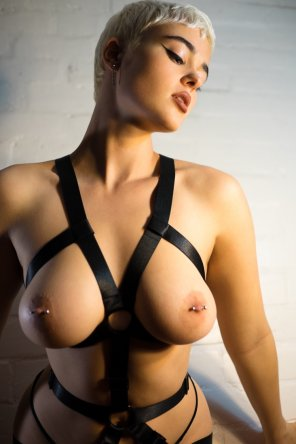 amateur photo Boob harness
