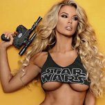 amateur photo Blonde with a blaster