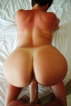 amateur photo PAWG MILF in position