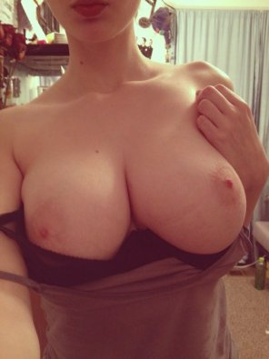 amateur photo Busty & Pale #3