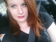 amateur photo I love my car selfies :P