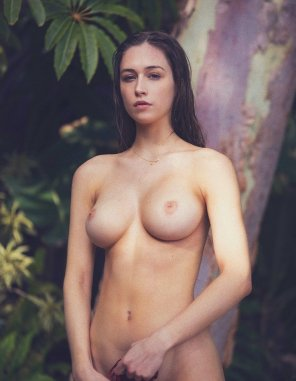 amateur photo Jungle Girl