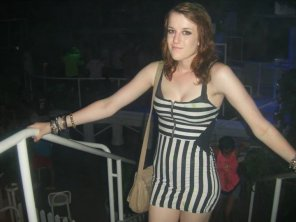 amateur photo Curvy in striped dress