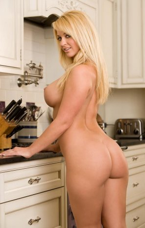amateur photo Heather Rene Smith asking what you want for breakfast