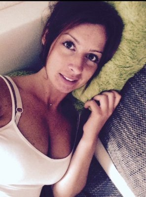 amateur photo German busty from Tinder