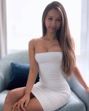 amateur photo asian tightness