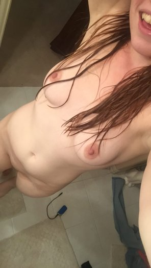 amateur photo PictureFresh out of the shower