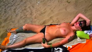 amateur photo Hot Topless Beach Girl