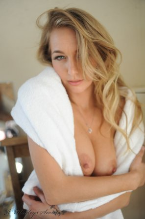 amateur photo towel