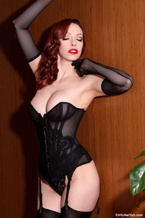 amateur photo Emily Marilyn