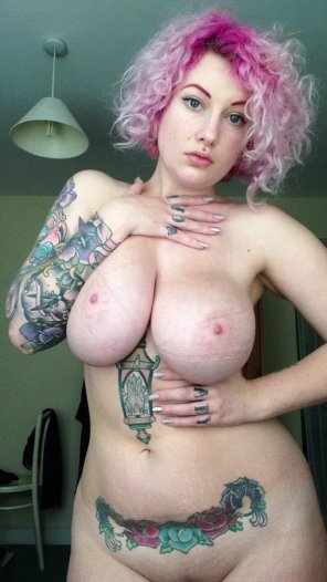 amateur photo Pink hair and big boobs