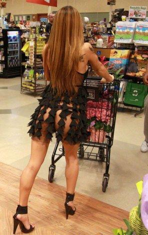 amateur photo Supermarket shopping